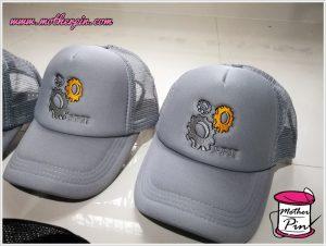 งานปักหมวกบริษัทจำนวนมาก