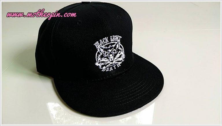 งานปักหมวกฮิปฮอป Black Light