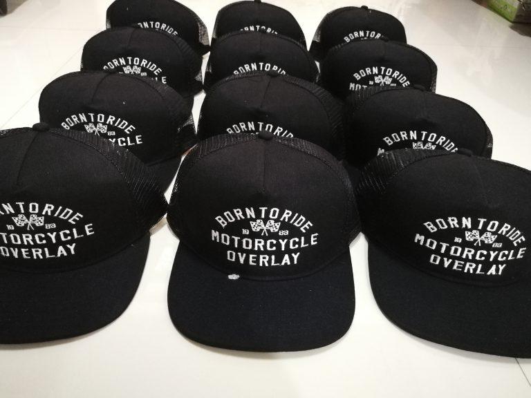 งานปักหมวกตาข่าย Born to Ride